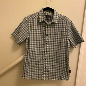 Men's Patagonia blue and white plaid button down